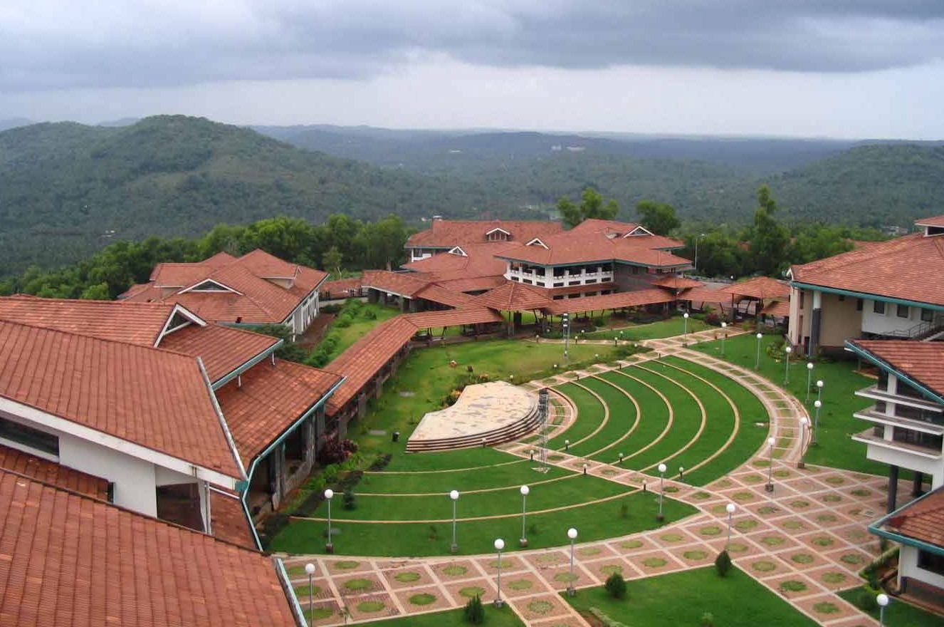 IIM Kozhikode Review | Rated 9 5 / 10 by Students and